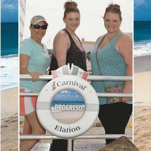 2015 Cruise --- Progresso (I'm on the right!)