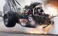 crash-close_3233060b.jpg