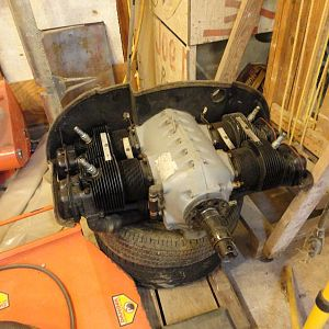 Back in December I got a chance to buy this A-65 engine it is supposed to have 600 hours since overhaul. I payed about half what I was expecting to sp