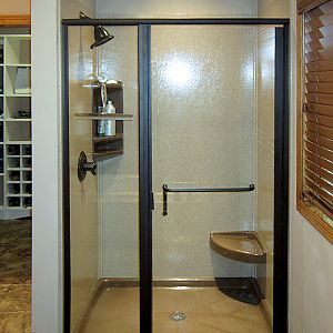 Standard Onyx Shower with Door