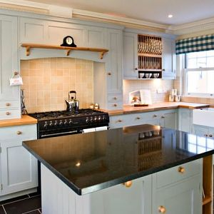 Expert for Custom Kitchen in Melbourne - Desire Kitchens