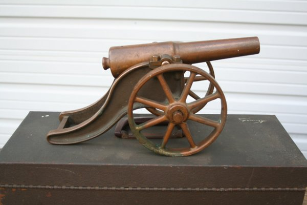 Strong Fiream Parrot Cannon resized.jpg