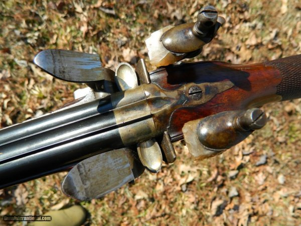 LePage-Paris-Rare-flintlock-double-rifle-ca-1820_101328388_5585_8B83C4C5E5AD5E64.jpeg