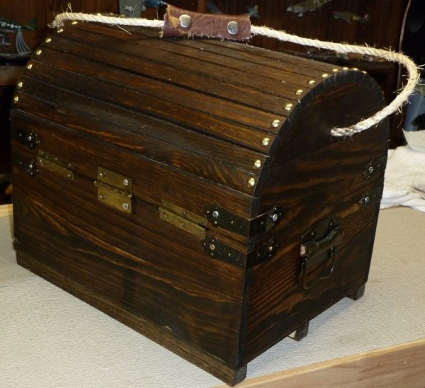 7-2014Muzzleloader supplies wood case I built backsm.JPG