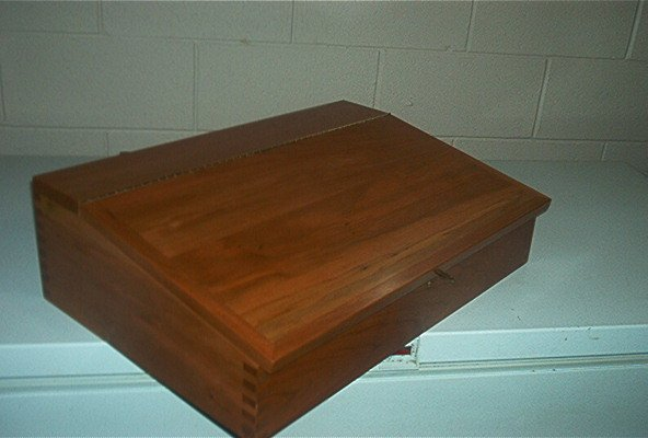 school desk (2).jpg