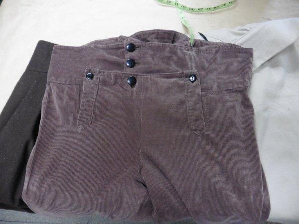 brown corduroy pants 37 - 44 waist..JPG