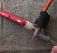 finding hot lead in pump wire at plug on cord.jpg