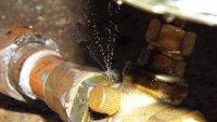 Leaky water valve 014.JPG