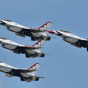 USAF Thunderbirds - diamond formation
